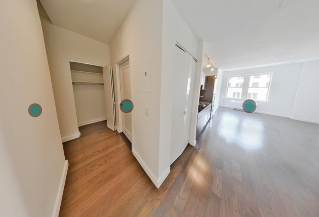 1 Bedroom, Financial District Rental in NYC for $3,392 - Photo 2