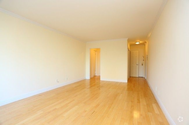 Studio, Manhattan Valley Rental in NYC for $2,450 - Photo 2
