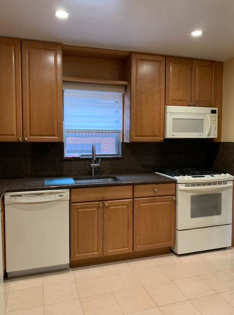 3 Bedrooms, Flushing Rental in NYC for $2,350 - Photo 1