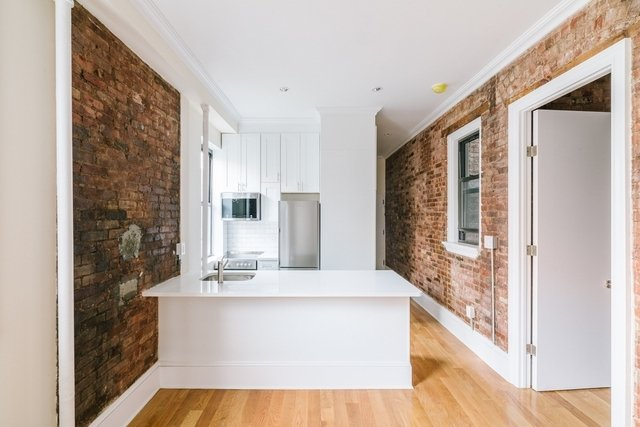 2 Bedrooms, SoHo Rental in NYC for $3,800 - Photo 1