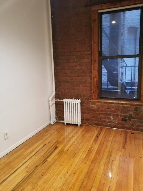 2 Bedrooms, NoLita Rental in NYC for $3,250 - Photo 2