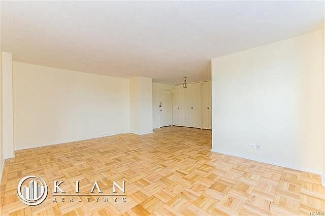 1 Bedroom, Riverdale Rental in NYC for $2,395 - Photo 2