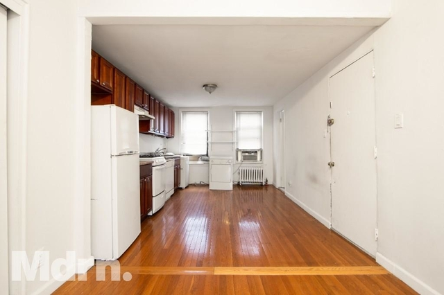 2 Bedrooms, Chelsea Rental in NYC for $2,800 - Photo 2