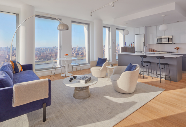 2 Bedrooms, Williamsburg Rental in NYC for $7,693 - Photo 1