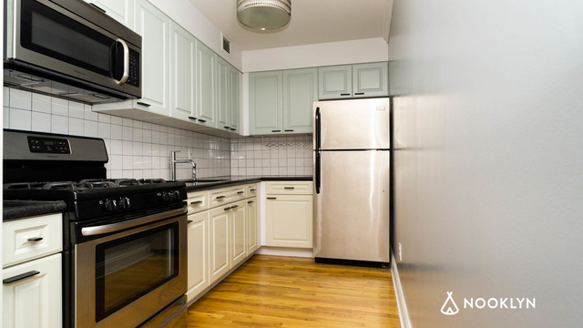 Studio, South Slope Rental in NYC for $2,350 - Photo 2