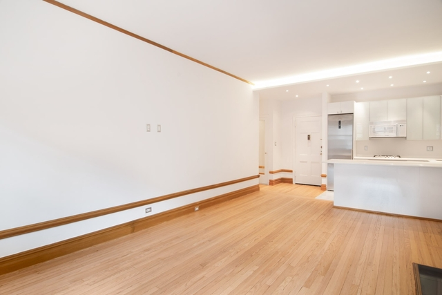 Studio, Theater District Rental in NYC for $3,525 - Photo 2