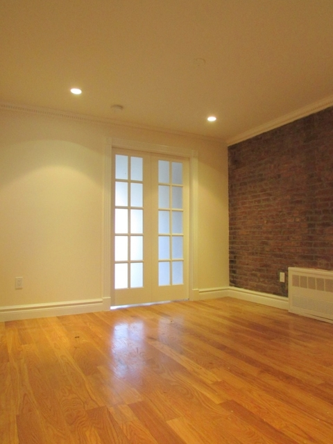 3 Bedrooms, Alphabet City Rental in NYC for $5,363 - Photo 1