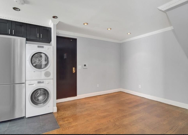 2 Bedrooms, Little Italy Rental in NYC for $3,985 - Photo 1