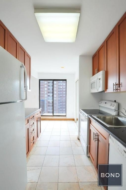 2 Bedrooms, Chelsea Rental in NYC for $3,400 - Photo 1