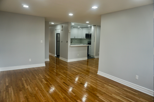 3 Bedrooms, Middle Village Rental in NYC for $2,600 - Photo 1