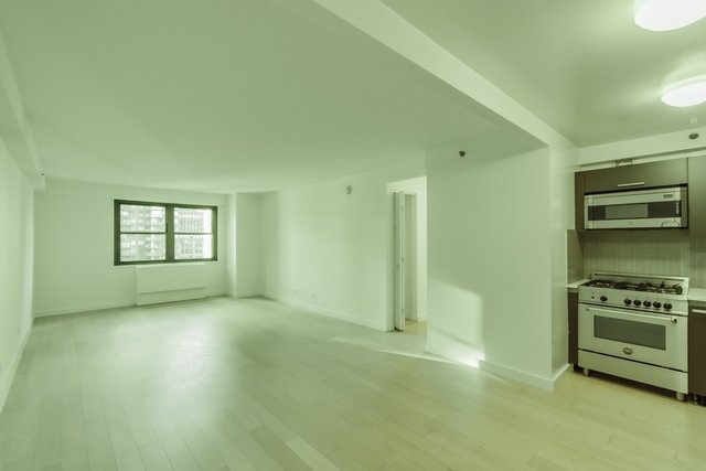 3 Bedrooms, Murray Hill Rental in NYC for $7,500 - Photo 1