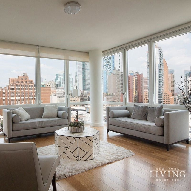 Studio, Hell's Kitchen Rental in NYC for $2,989 - Photo 2
