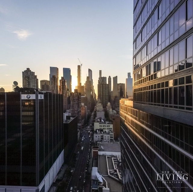 Studio, Hell's Kitchen Rental in NYC for $2,989 - Photo 1