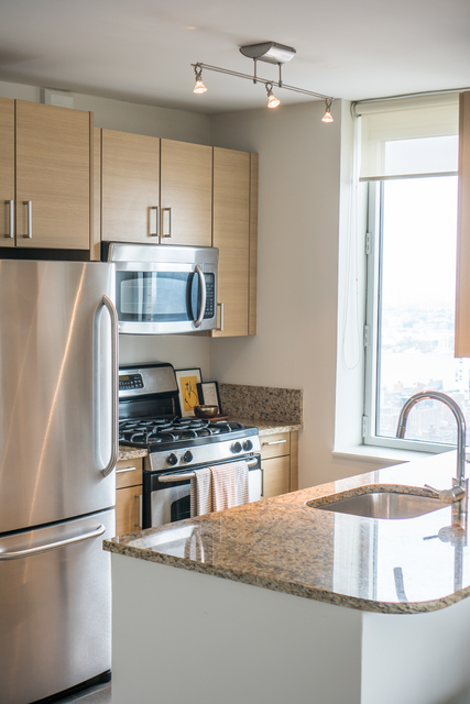 2 Bedrooms, Chelsea Rental in NYC for $6,557 - Photo 2