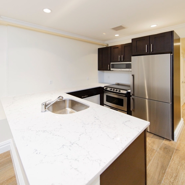 4 Bedrooms, Brooklyn Heights Rental in NYC for $5,042 - Photo 1