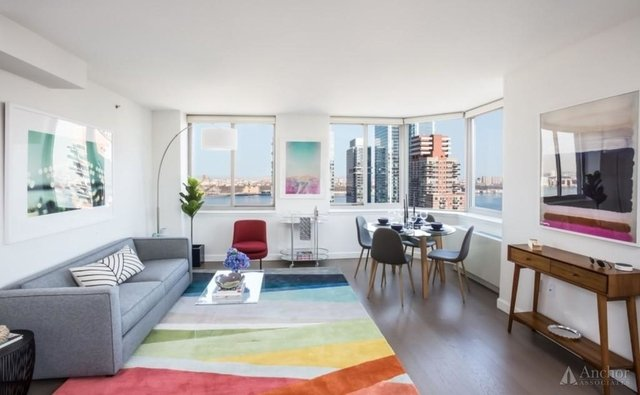 2 Bedrooms, Hell's Kitchen Rental in NYC for $5,111 - Photo 1