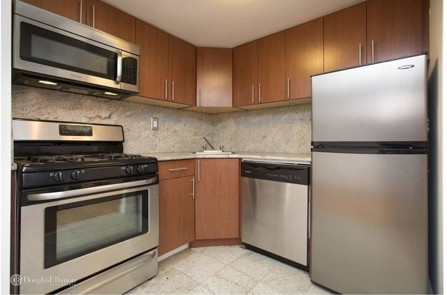 1 Bedroom, West Village Rental in NYC for $4,325 - Photo 2
