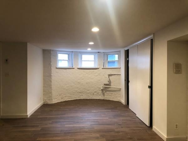 2 Bedrooms, Prospect Lefferts Gardens Rental in NYC for $2,200 - Photo 2