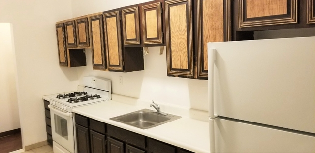 1 Bedroom, Bay Ridge Rental in NYC for $1,699 - Photo 2