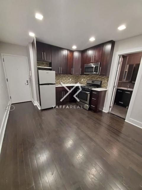 2 Bedrooms, Kensington Rental in NYC for $1,850 - Photo 2