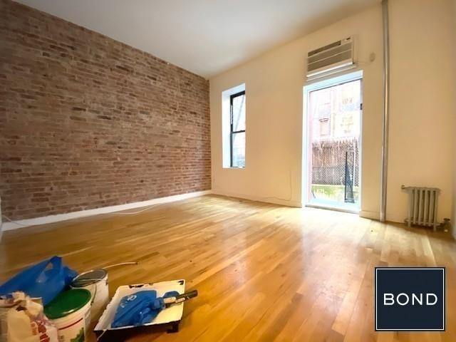 3 Bedrooms, Yorkville Rental in NYC for $4,175 - Photo 1