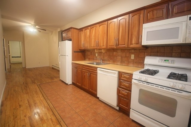 2 Bedrooms, Prospect Heights Rental in NYC for $2,600 - Photo 2