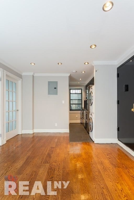 3 Bedrooms, Little Italy Rental in NYC for $5,363 - Photo 1
