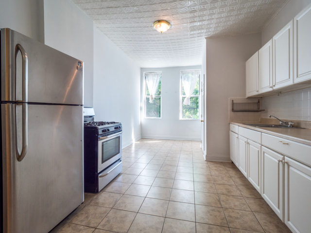 2 Bedrooms, Ridgewood Rental in NYC for $2,062 - Photo 1