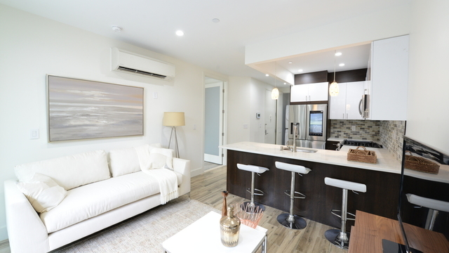 1 Bedroom, East Williamsburg Rental in NYC for $3,999 - Photo 1