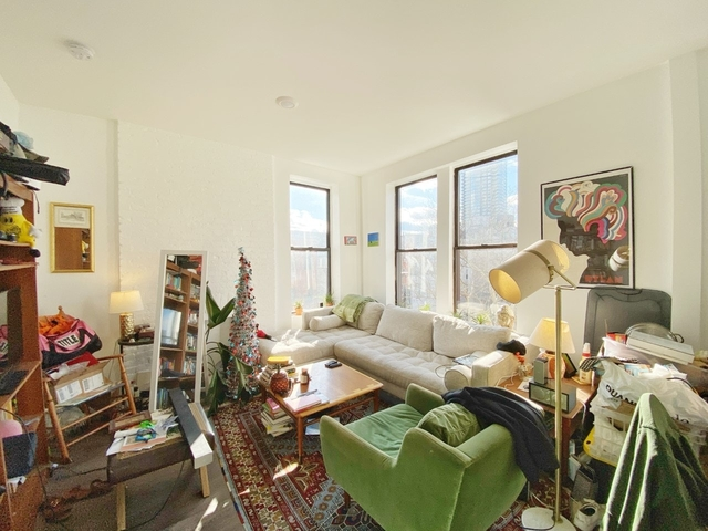 3 Bedrooms, Greenpoint Rental in NYC for $3,845 - Photo 1