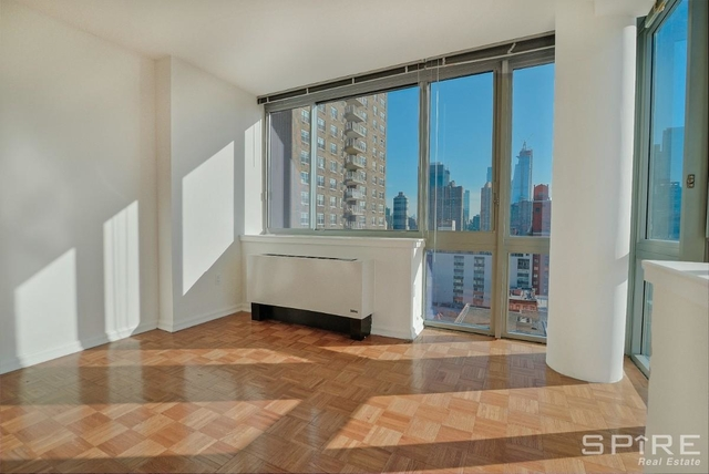 2 Bedrooms, Hell's Kitchen Rental in NYC for $3,760 - Photo 1