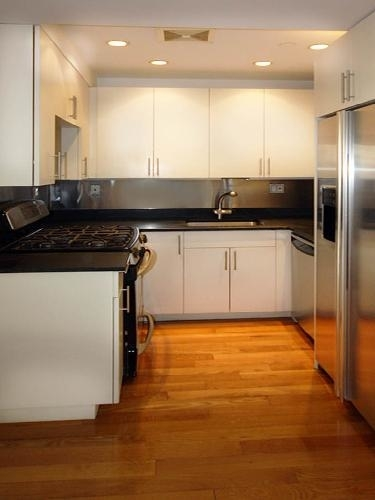 2 Bedrooms, Alphabet City Rental in NYC for $5,900 - Photo 1