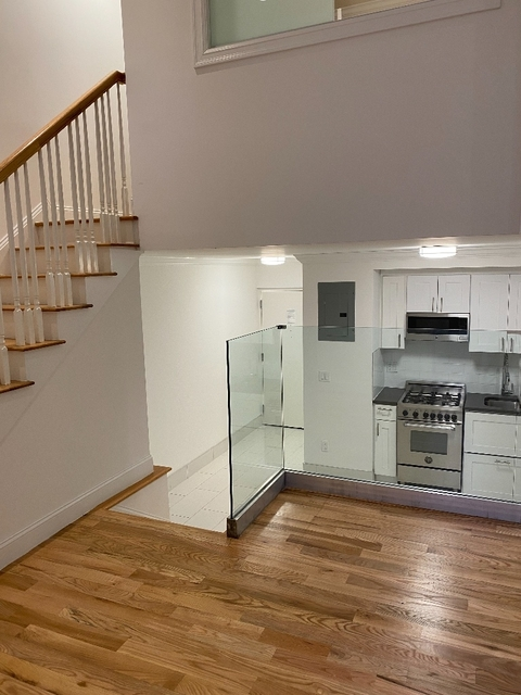 3 Bedrooms, Gramercy Park Rental in NYC for $6,900 - Photo 1