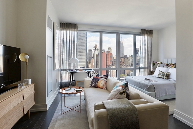 Studio, Hell's Kitchen Rental in NYC for $3,361 - Photo 1