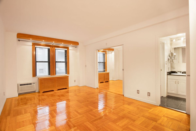 1 Bedroom, Theater District Rental in NYC for $3,475 - Photo 2