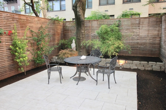 3 Bedrooms, Turtle Bay Rental in NYC for $12,000 - Photo 2