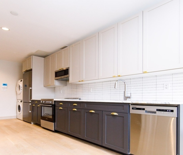 2 Bedrooms, Alphabet City Rental in NYC for $5,315 - Photo 1