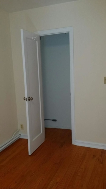 Studio, Steinway Rental in NYC for $1,800 - Photo 2