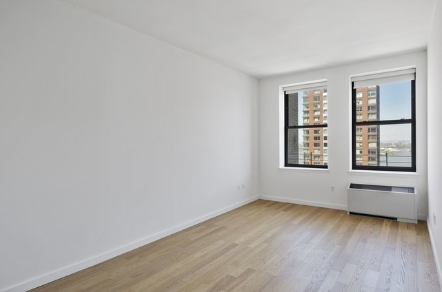 1 Bedroom, Financial District Rental in NYC for $2,833 - Photo 2
