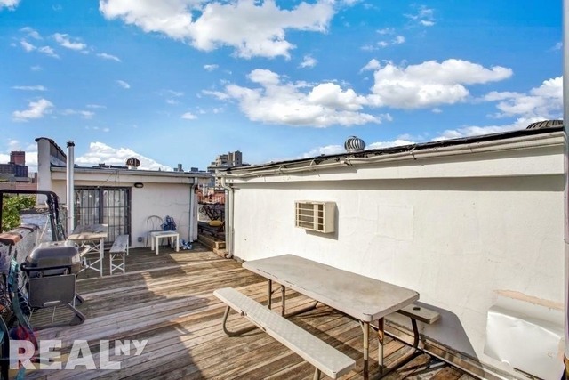4 Bedrooms, East Village Rental in NYC for $7,103 - Photo 1
