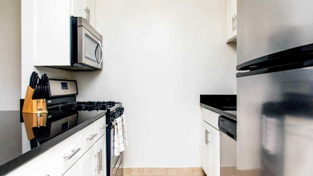 2 Bedrooms, Manhattan Valley Rental in NYC for $6,271 - Photo 2