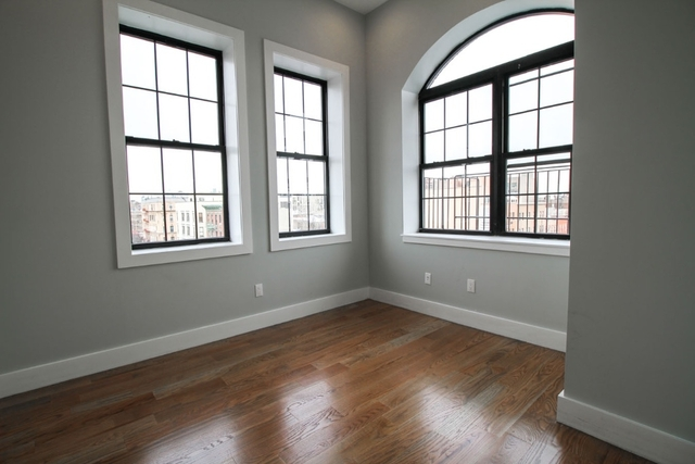 Room, East Williamsburg Rental in NYC for $1,350 - Photo 2