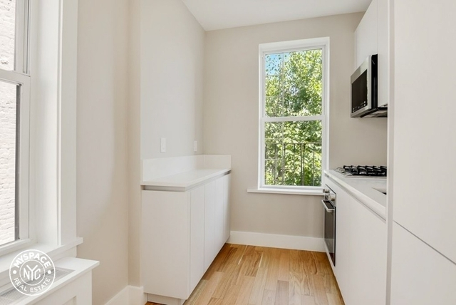 2 Bedrooms, South Slope Rental in NYC for $3,281 - Photo 2