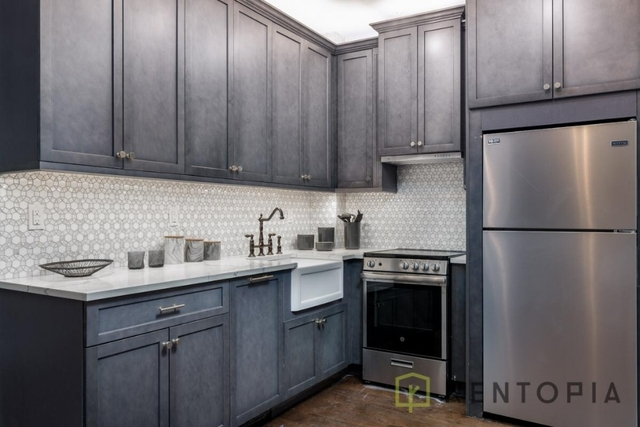 3 Bedrooms, Williamsburg Rental in NYC for $6,125 - Photo 1