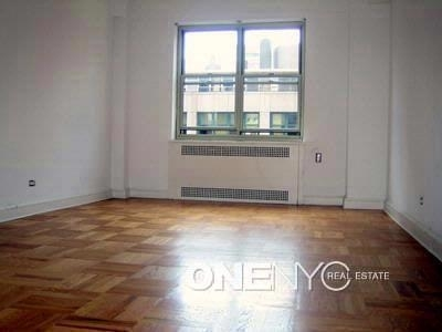2 Bedrooms, Sutton Place Rental in NYC for $5,000 - Photo 2