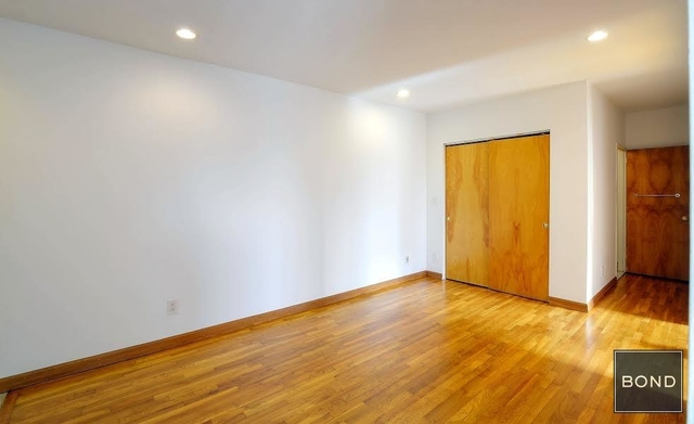 2 Bedrooms, Chelsea Rental in NYC for $3,600 - Photo 2