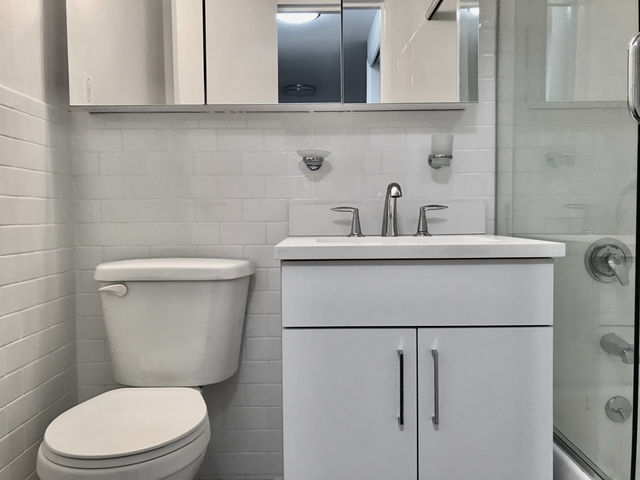 Studio, Sutton Place Rental in NYC for $3,200 - Photo 1