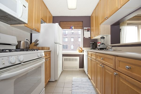 Studio, Battery Park City Rental in NYC for $4,600 - Photo 2