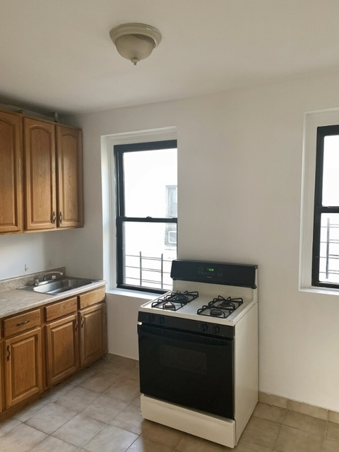 2 Bedrooms, Steinway Rental in NYC for $2,045 - Photo 1