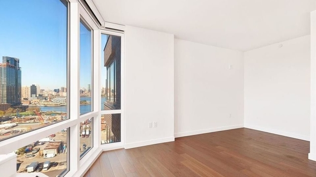 Studio, Greenpoint Rental in NYC for $2,864 - Photo 2